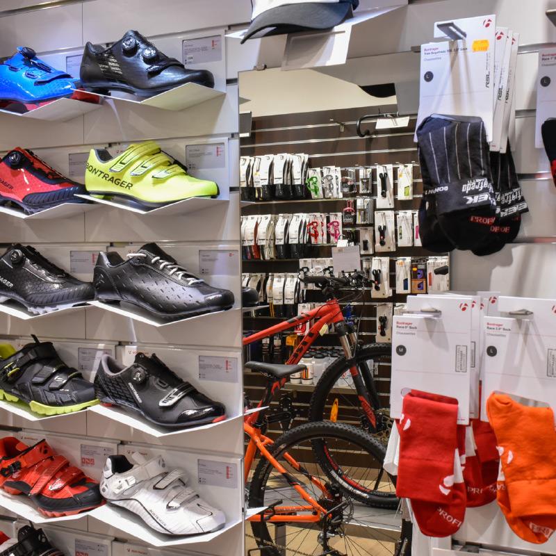 Accessoires et vêtements, Cité2Roues Trek Concept Store Toulouse
